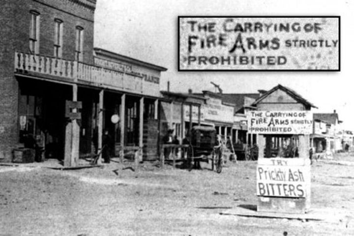 Dodge City, Kansas, the year of Our Lord, 1878. A sign at the entrance to the city says that carrying of weapons is strictly prohibited. - Was Wild West That Wild? - Red Dead Redemption 2 vs the Facts and Reality - dokument - 2019-11-04
